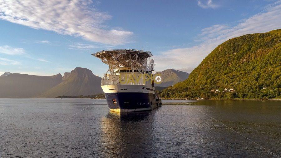 Island Frontier-2.jpg - Uavpic