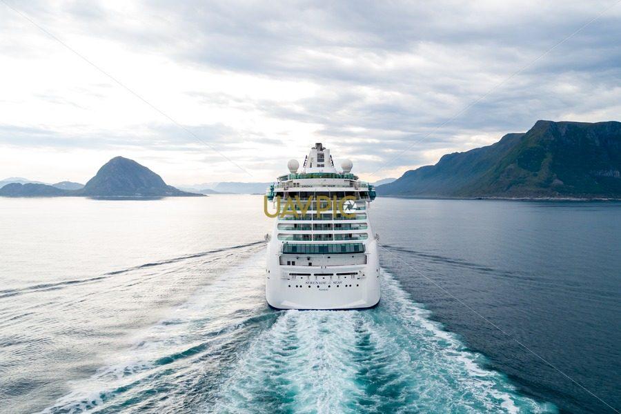 Serenade of the Seas (9).jpg - Uavpic