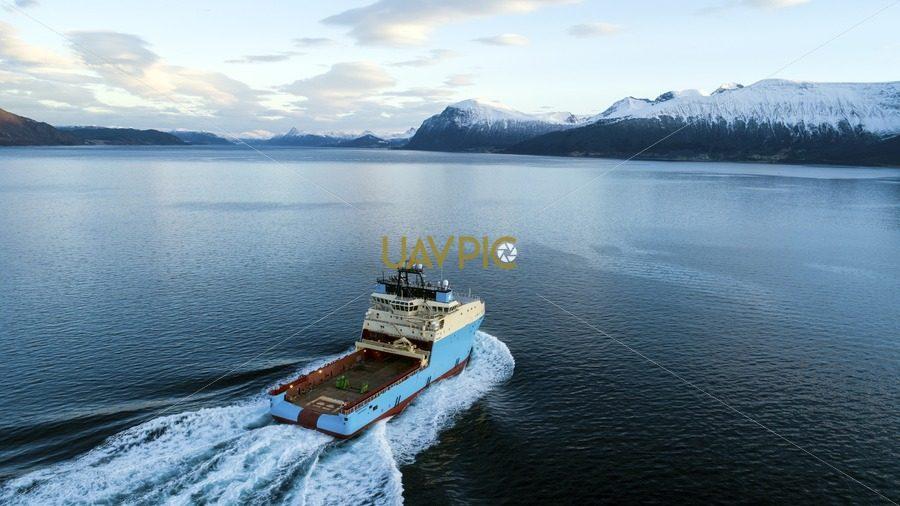 Maersk Maker 64.jpg - Uavpic