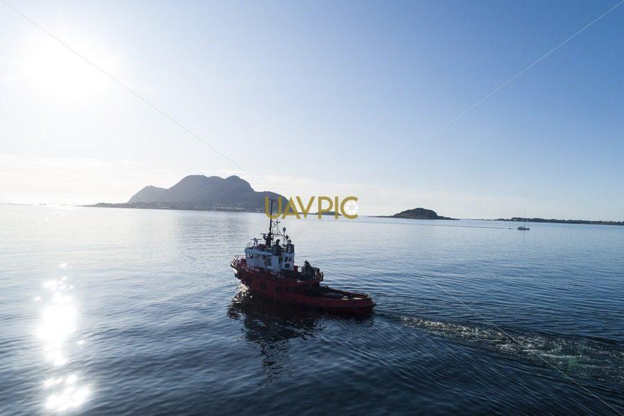 Polar Tug 936.jpg - Uavpic