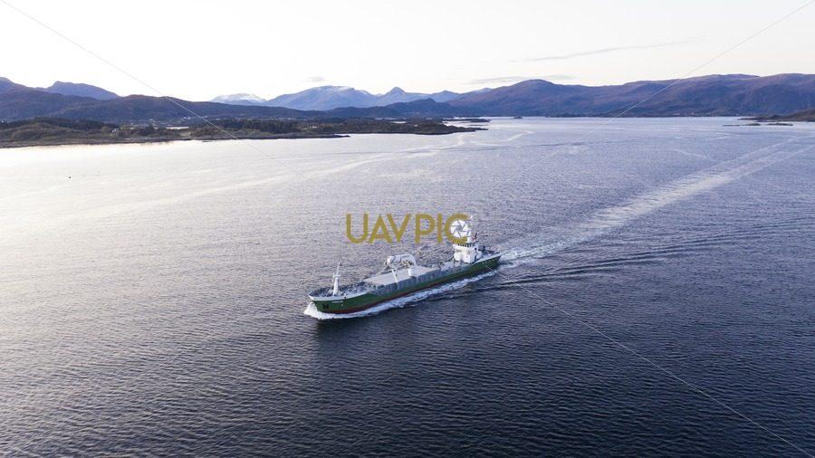 Amalie 767.jpg - Uavpic