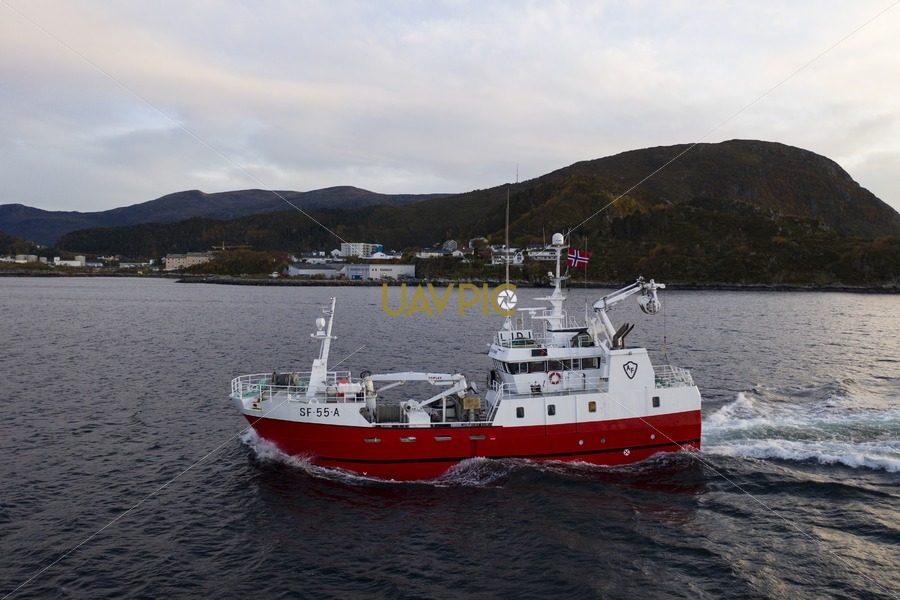 Atløy Viking 270.jpg - Uavpic