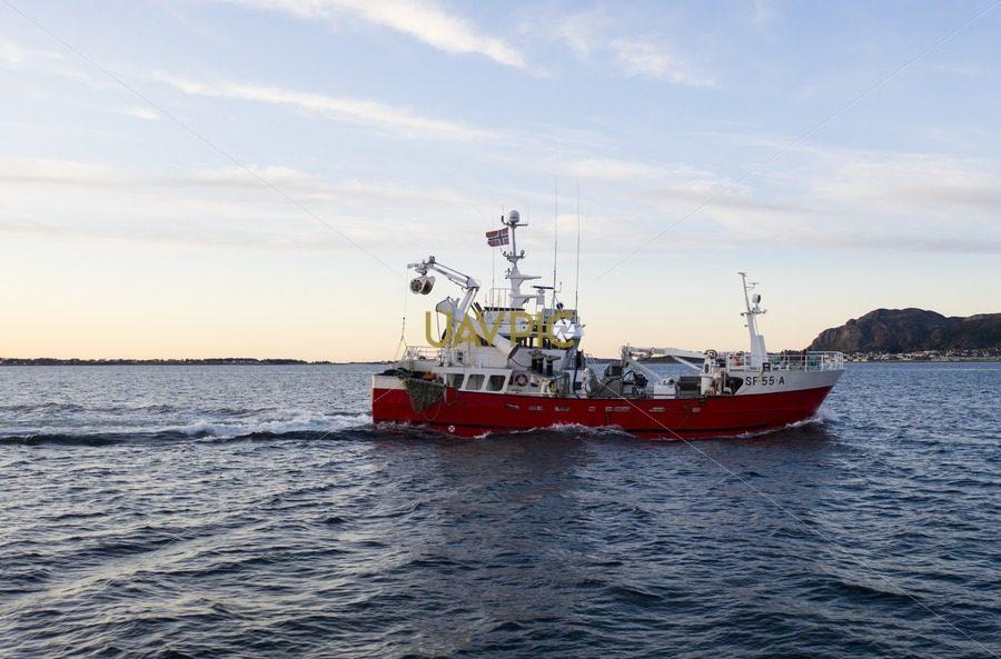 Atløy Viking 276.jpg - Uavpic