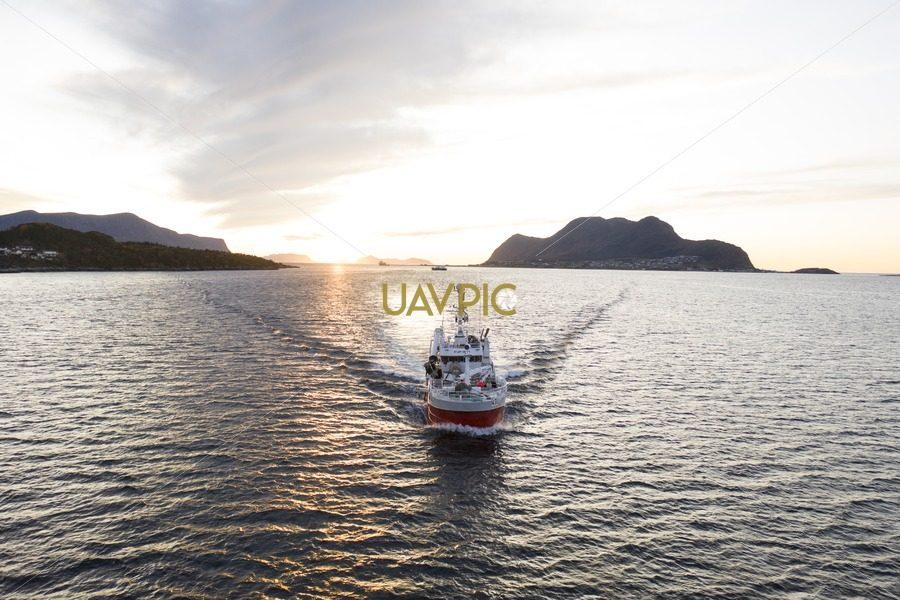 Atløy Viking 278.jpg - Uavpic