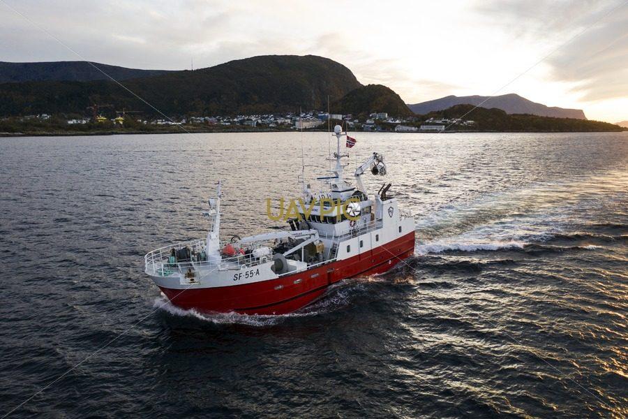 Atløy Viking 281.jpg - Uavpic