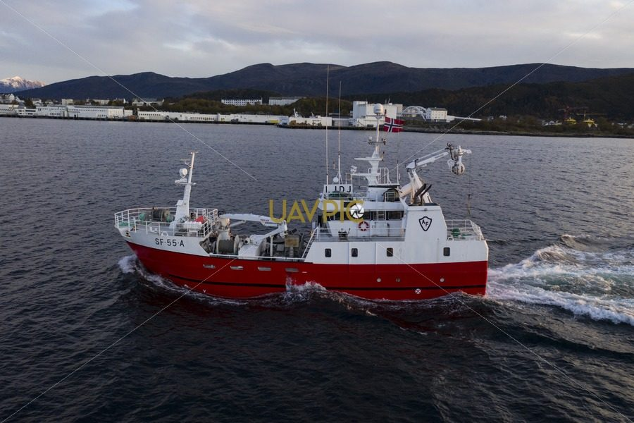 Atløy Viking 283.jpg - Uavpic