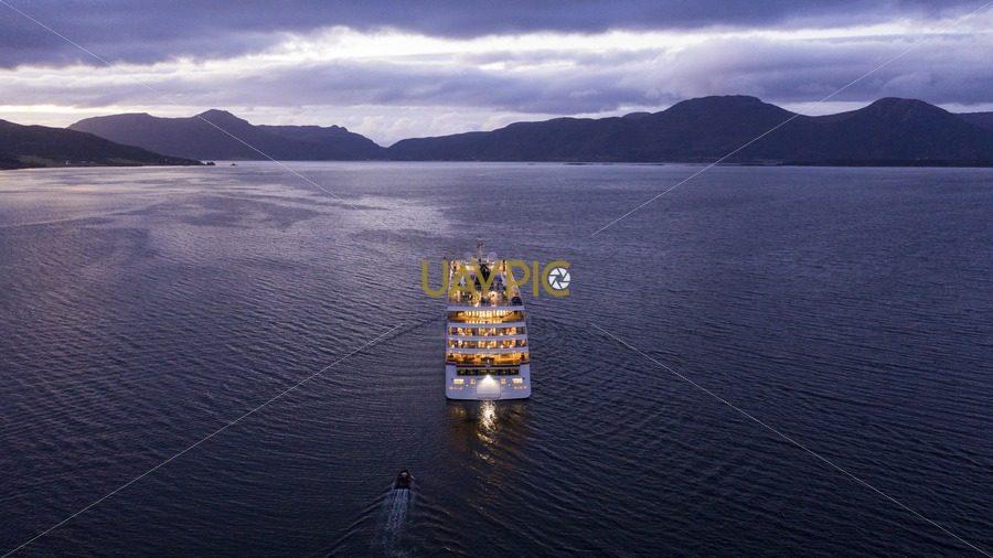 Hanseatic Inspiration 496.jpg - Uavpic