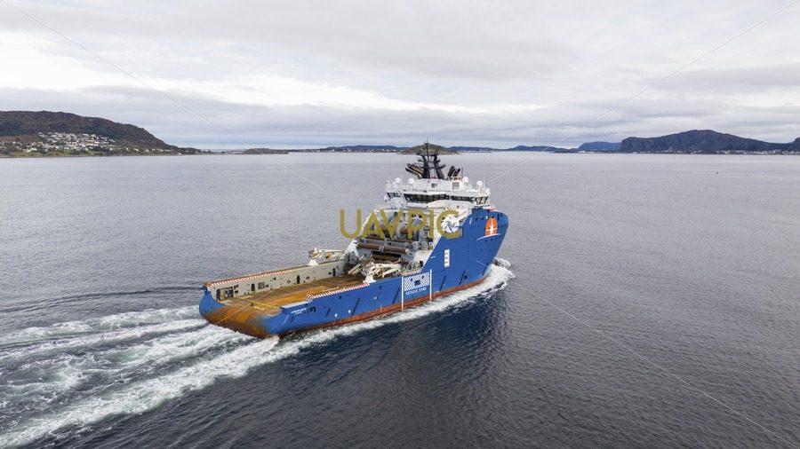 Horizon Arctic 424.jpg - Uavpic