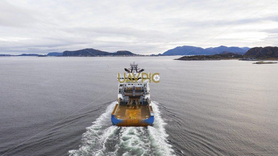 Horizon Arctic 428.jpg - Uavpic
