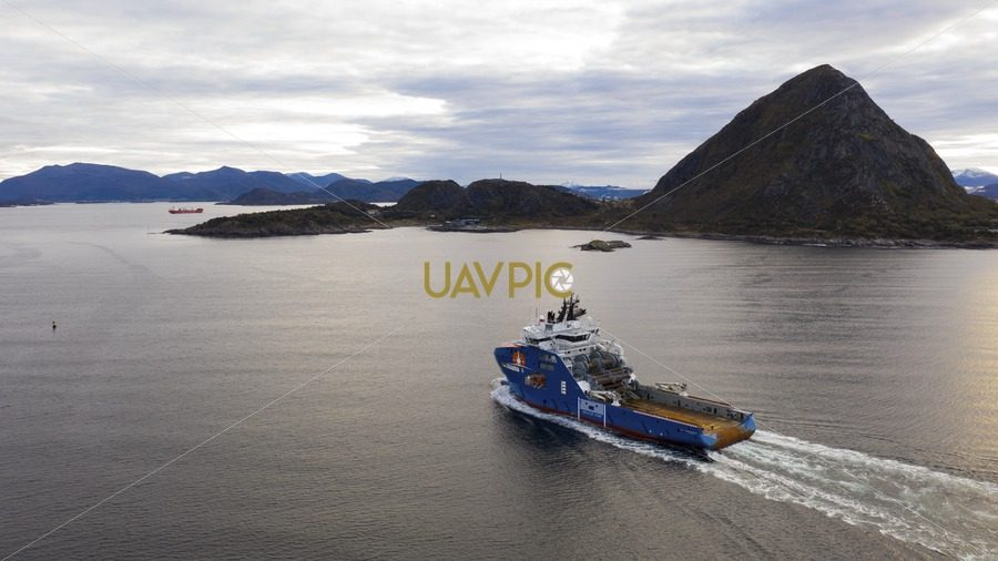 Horizon Arctic 432.jpg - Uavpic