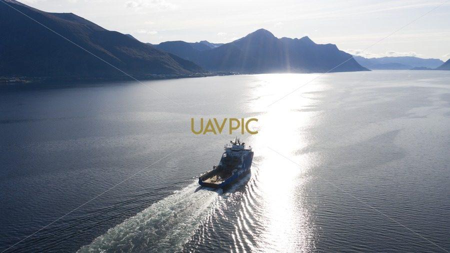 Horizon Arctic 889.jpg - Uavpic