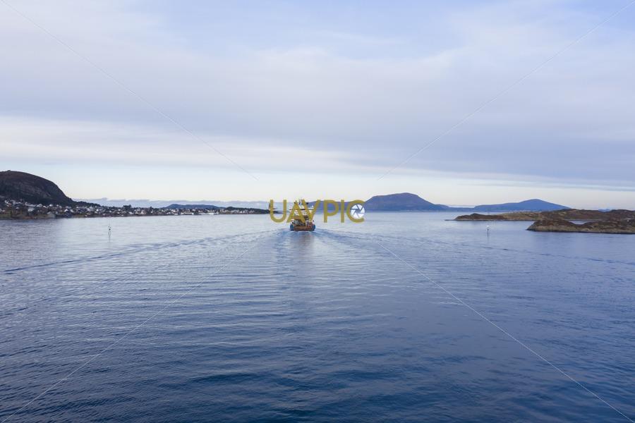 Horizon Arctic 35.jpg - Uavpic