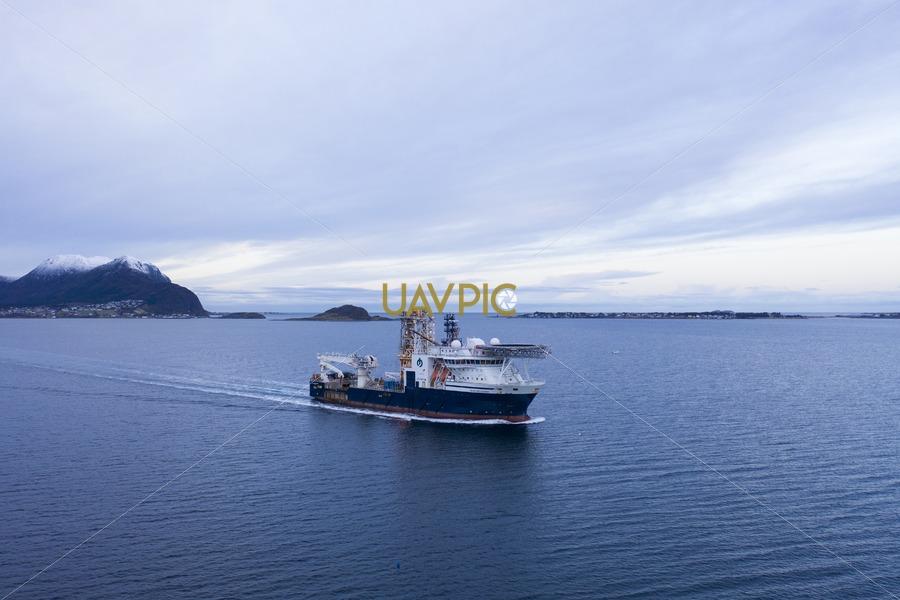 Island Wellserver 654.jpg - Uavpic