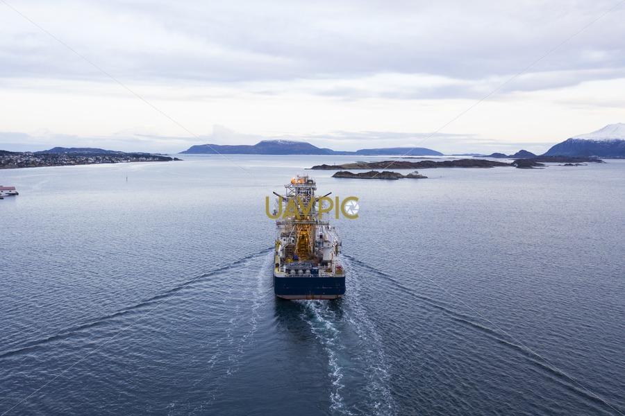 Island Wellserver 676.jpg - Uavpic