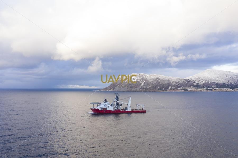 Seven Arctic 64.jpg - Uavpic