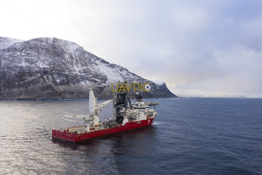 Seven Arctic 80.jpg - Uavpic