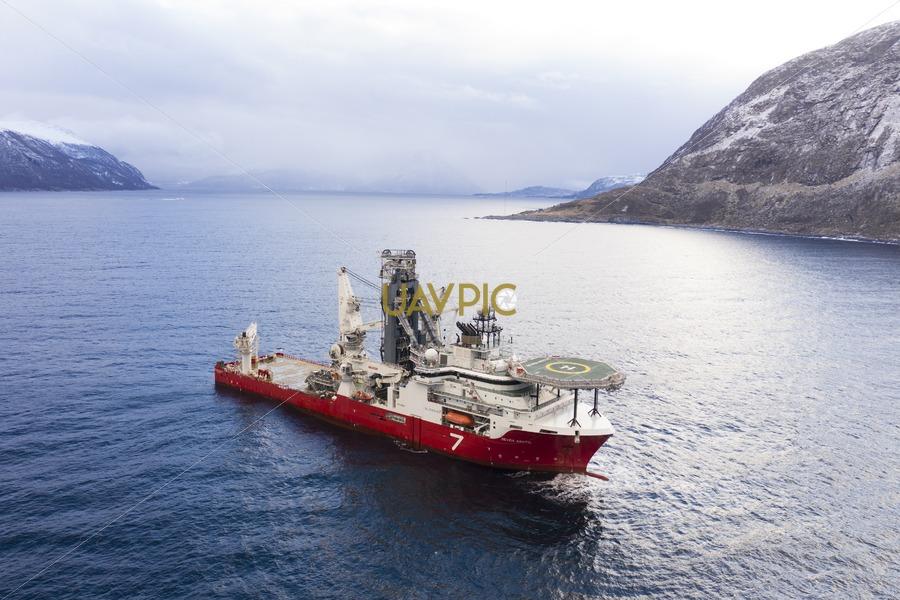 Seven Arctic 83.jpg - Uavpic