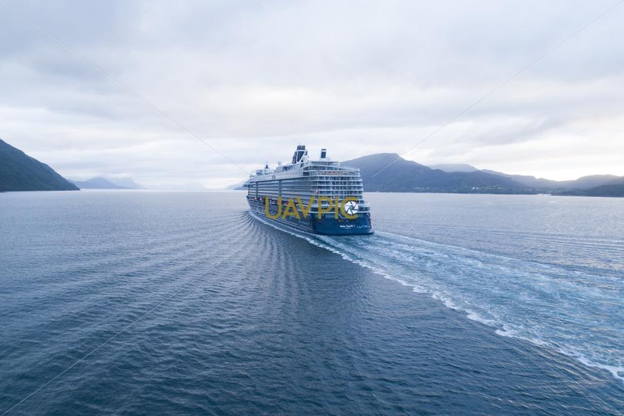 Mein Schiff 1 138.jpg - Uavpic