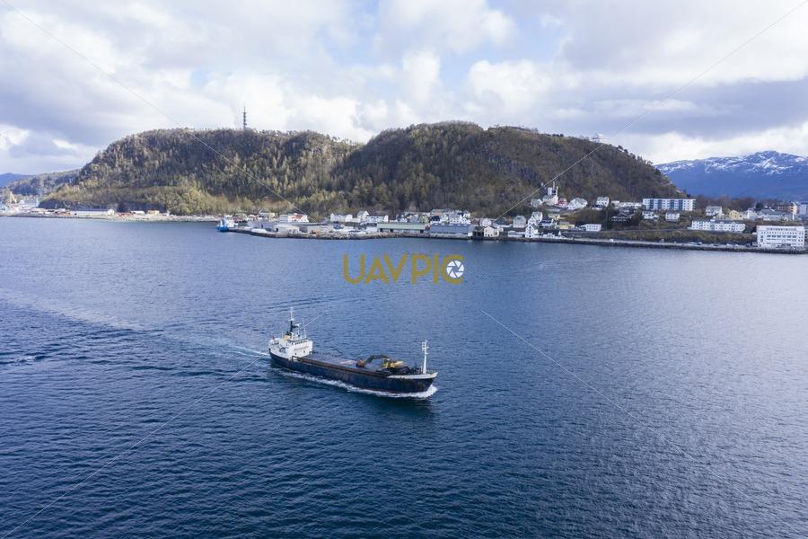 Freifjord 344.jpg - Uavpic