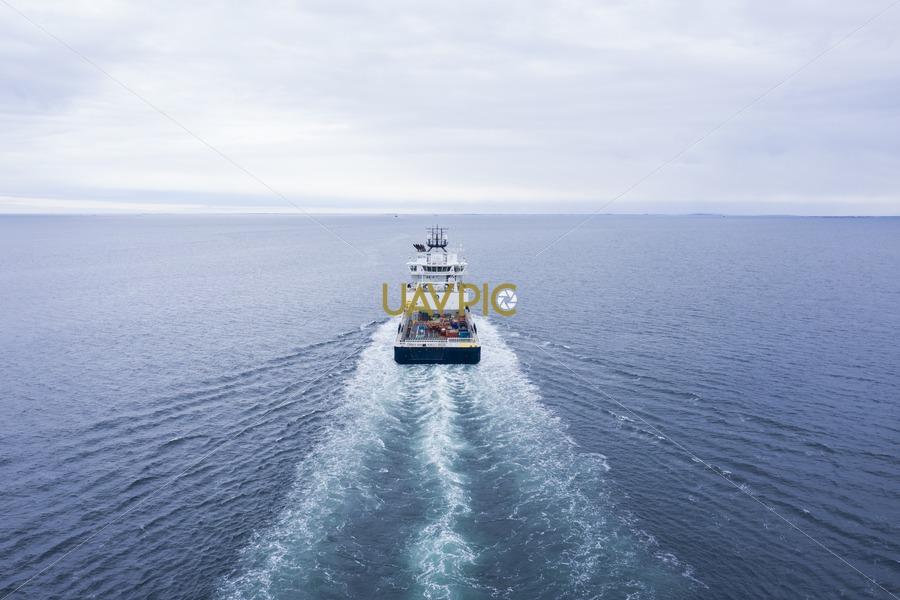 Island Contender 292.jpg - Uavpic