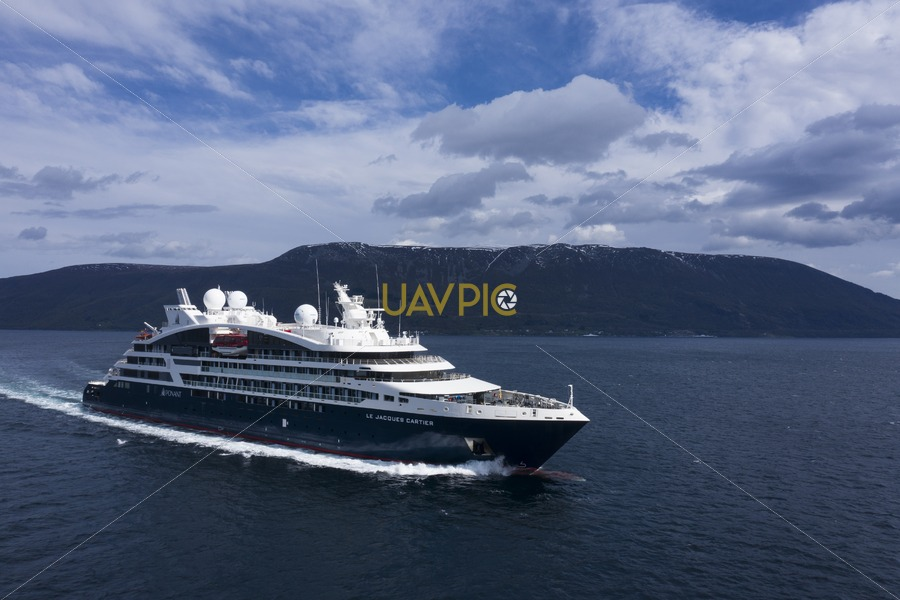 Le Jacques Cartier 762.jpg - Uavpic
