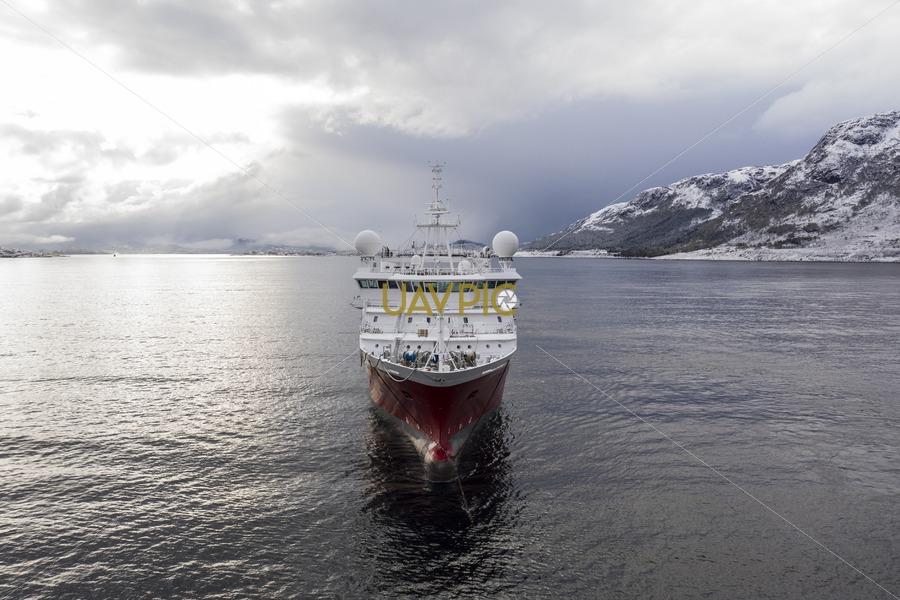 Polar Duke 999.jpg - Uavpic