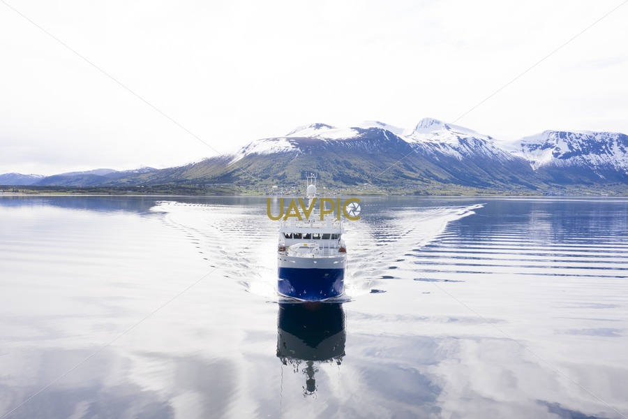 Remøybuen 874.jpg - Uavpic
