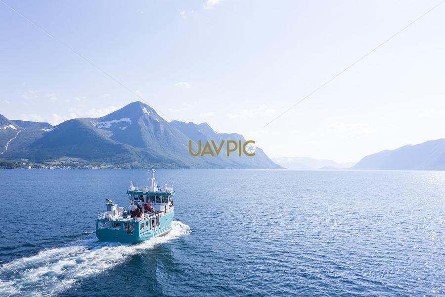 Aqua Mist 933.jpg - Uavpic