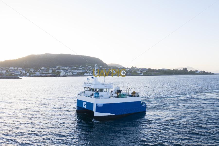Frøy Neptun 075.jpg - Uavpic