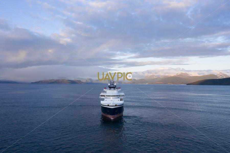 Island Discoverer 473.jpg - Uavpic