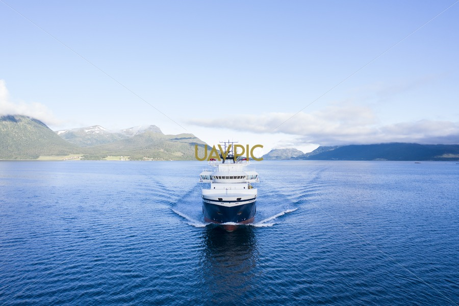 Island Discoverer 497.jpg - Uavpic
