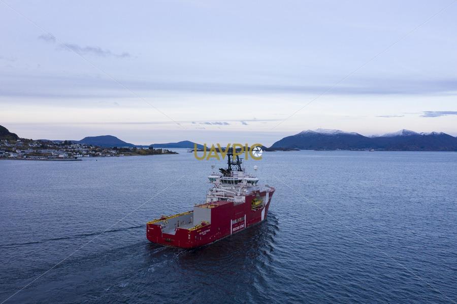 Ocean Response 306.jpg - Uavpic