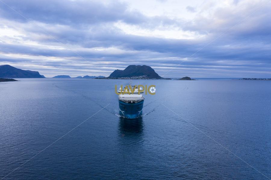 North Sea Giant 622.jpg - Uavpic