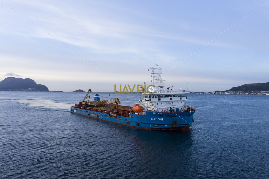Blue Ship 236.jpg - Uavpic