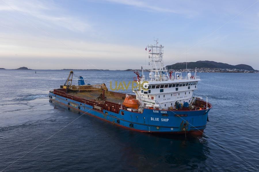 Blue Ship 254.jpg - Uavpic