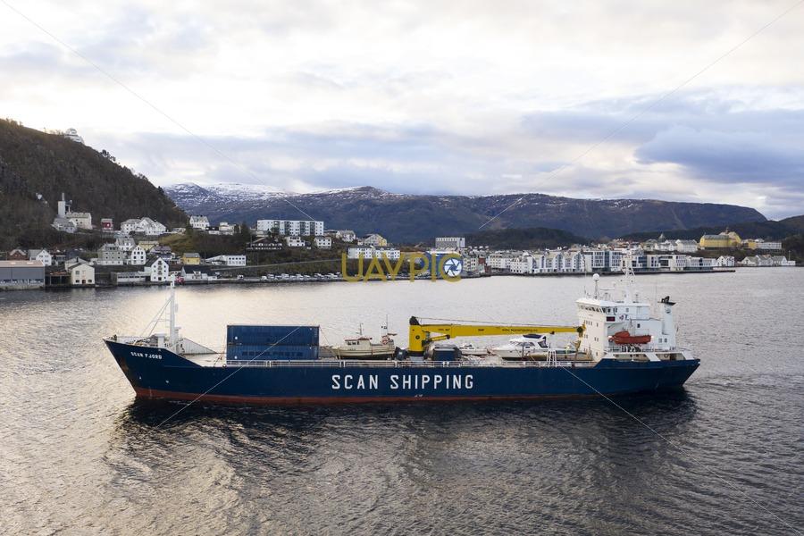 Scan Fjord 55.jpg - Uavpic
