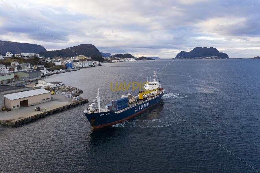 Scan Fjord 66.jpg - Uavpic