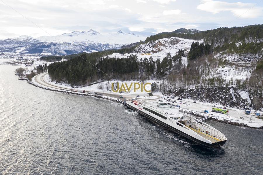 Karlsøyfjord 844.jpg - Uavpic