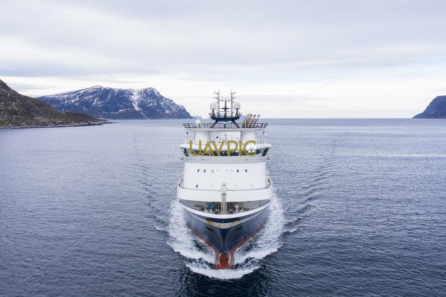 Island Challenger 292.jpg - Uavpic