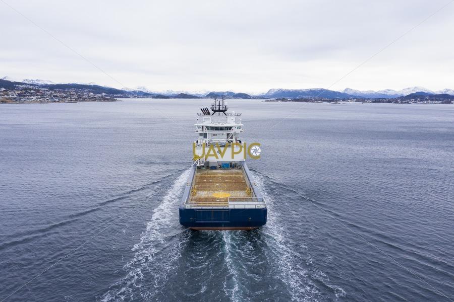 Island Challenger 320.jpg - Uavpic