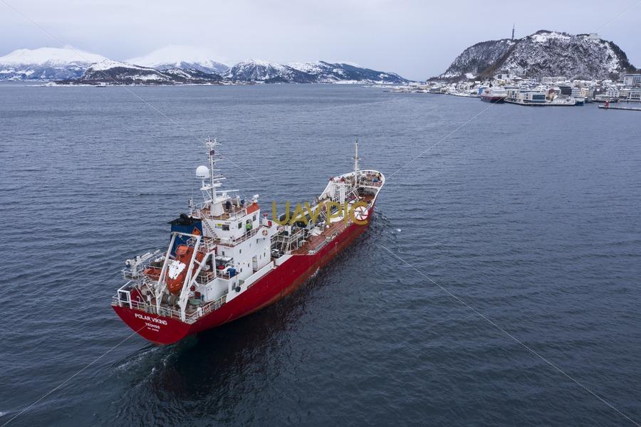 Polar Viking 905.jpg - Uavpic