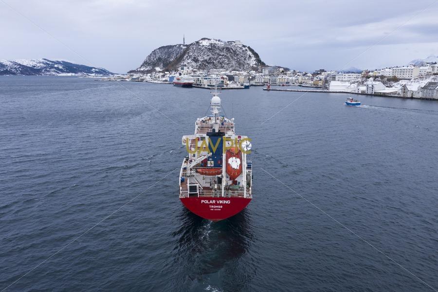 Polar Viking 909.jpg - Uavpic
