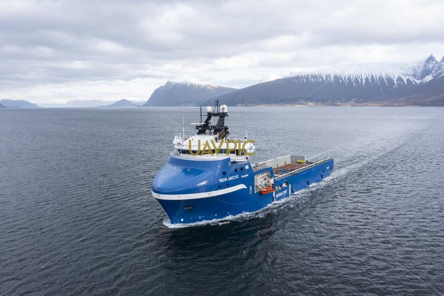 Rem Arctic 662.jpg - Uavpic