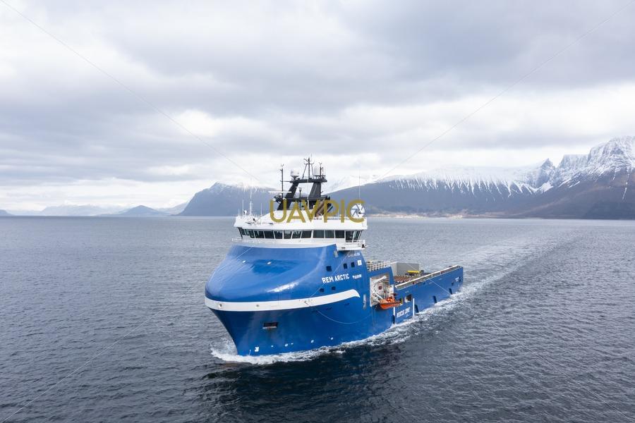 Rem Arctic 673.jpg - Uavpic