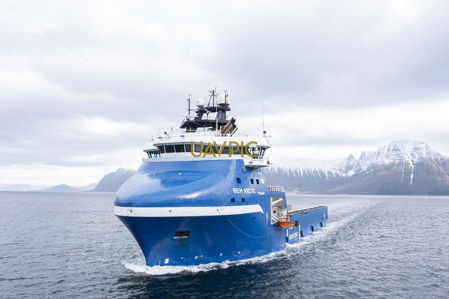 Rem Arctic 674.jpg - Uavpic