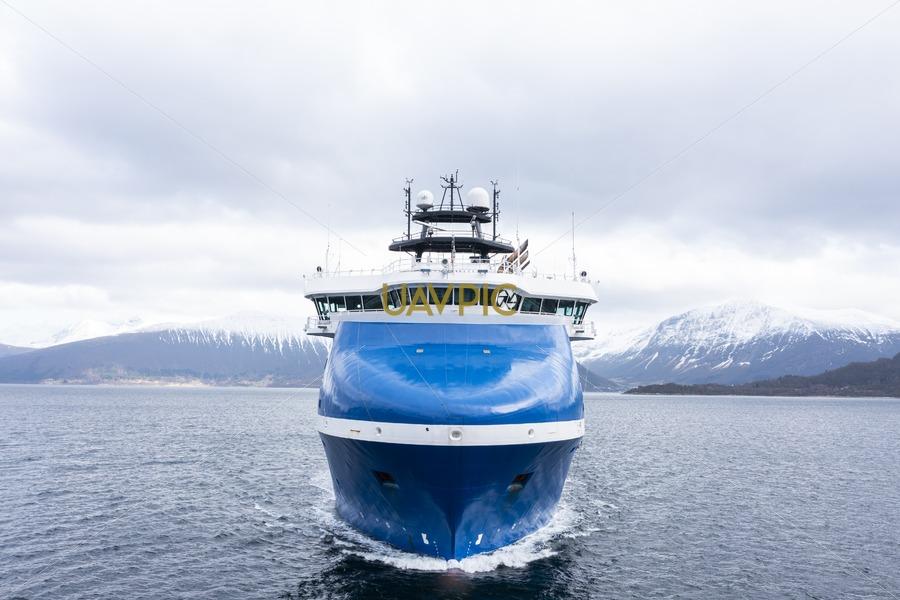 Rem Arctic 676.jpg - Uavpic