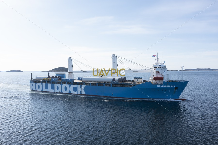 Rolldock Sky 197.jpg - Uavpic