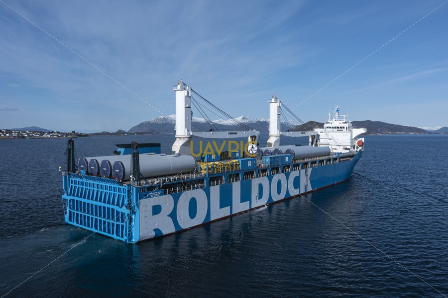 Rolldock Sky 213.jpg - Uavpic