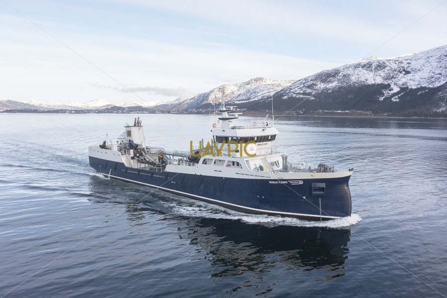 Ronja Fjord 440.jpg - Uavpic