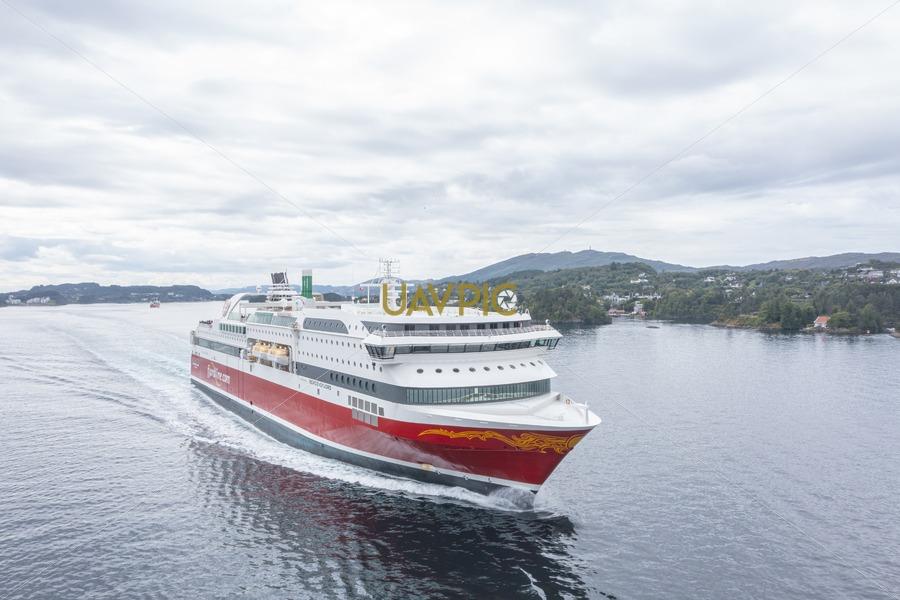 Bergensfjord 550.jpg - Uavpic
